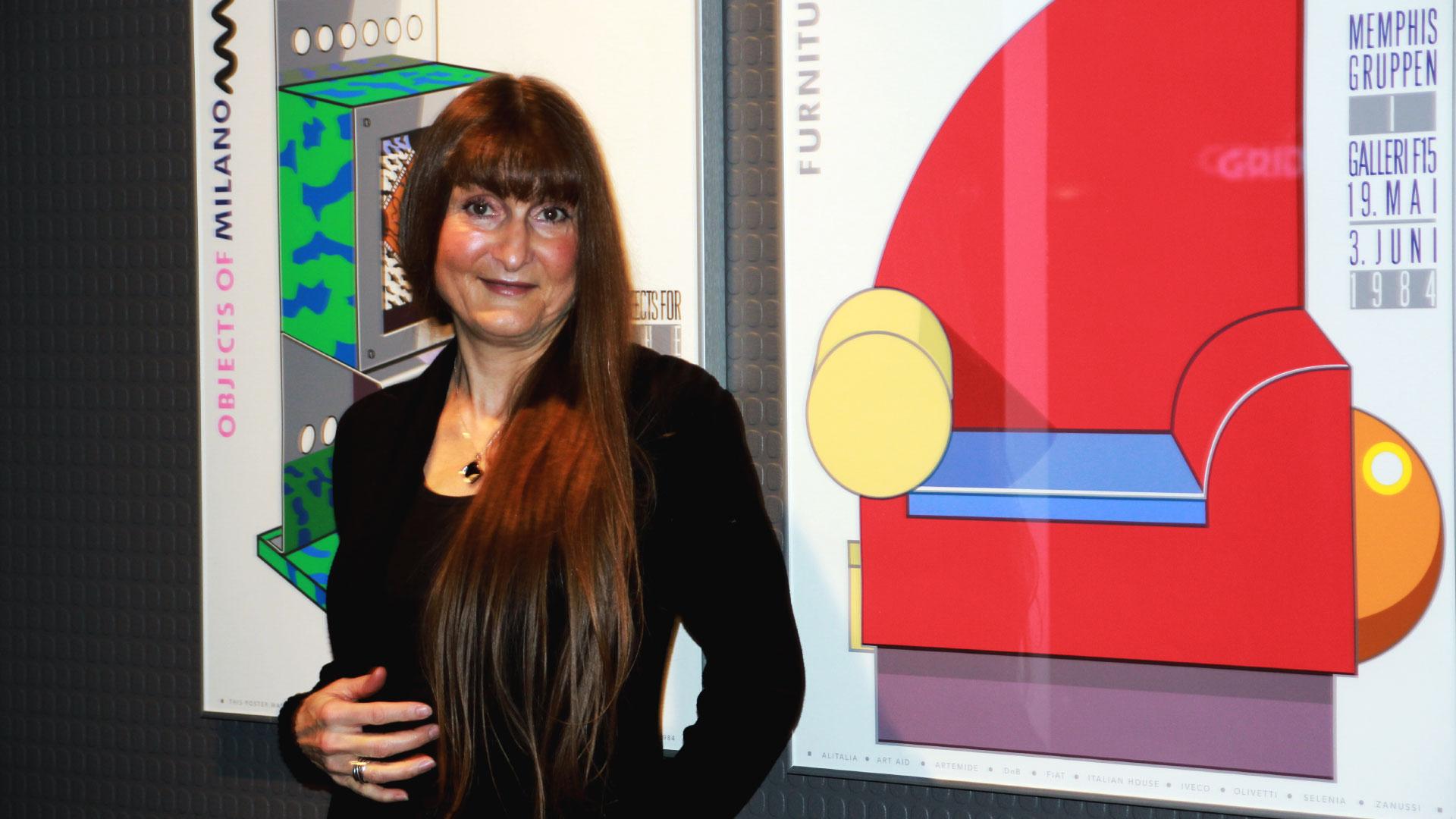 Professor i visuell kommunikasjon, Wanda Grimsgaard liker Memphis, spesielt den grønne fargen. Mange av hennes Instagram-følgere har blitt hekta på neon-grønn. > Memphis-gruppen 1984. Foto: Sidsel Lie.